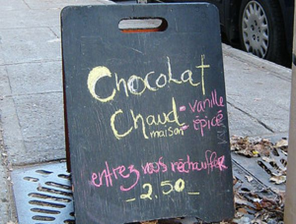 Montreal cafe's hot chocolate sign