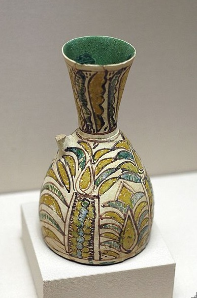 Vase with palm tree. 8th–9th century CE, Iran. The Louvre. Source: Wikimedia Commons